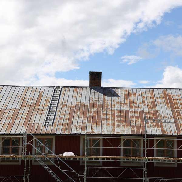Tips & Fakta - Mal takplater med linoljemaling - arvestykke - gammeldags dekor - klassisk stil - retro - sekelskifte