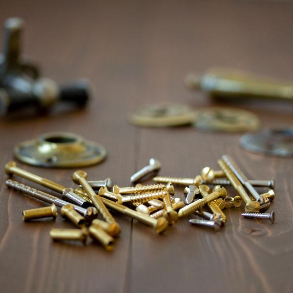 Facts & Info - Classic slottet screws