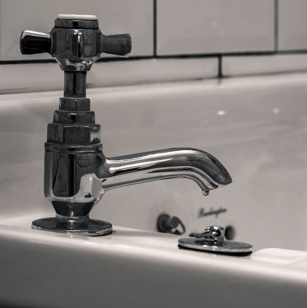 Inspiration - Guest toilet - Traditional Basin Faucets - Pegler