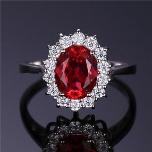 Silverring med röd rubin