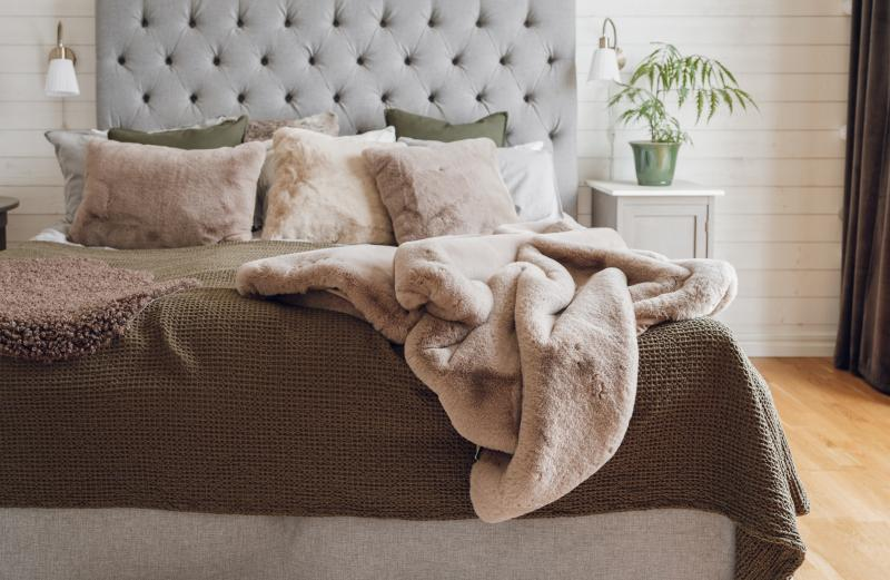 Fluffy Blanket - Beige
