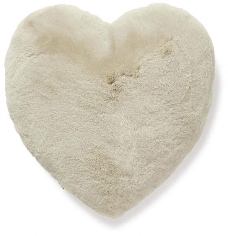 Fluffy heart cushion - Beige