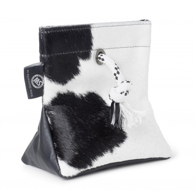 Doorstopper Cowhide - Black/White