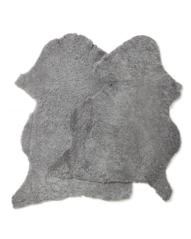 CurlyR rug. Sheepskin - Gotland Grey