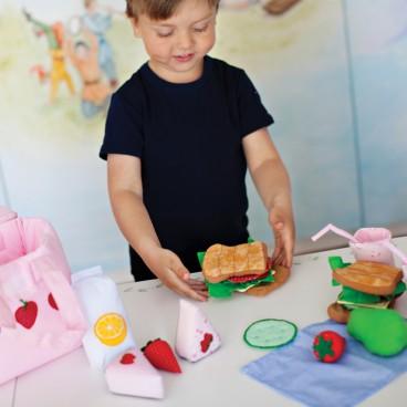 Oskar   Ellens leksaker stimulerar barnens fantasi och lust till att leka  samtidigt som Oskar   Ellens leksaker också kan vara ett lärande där barnet  ... 7516f80245c7d