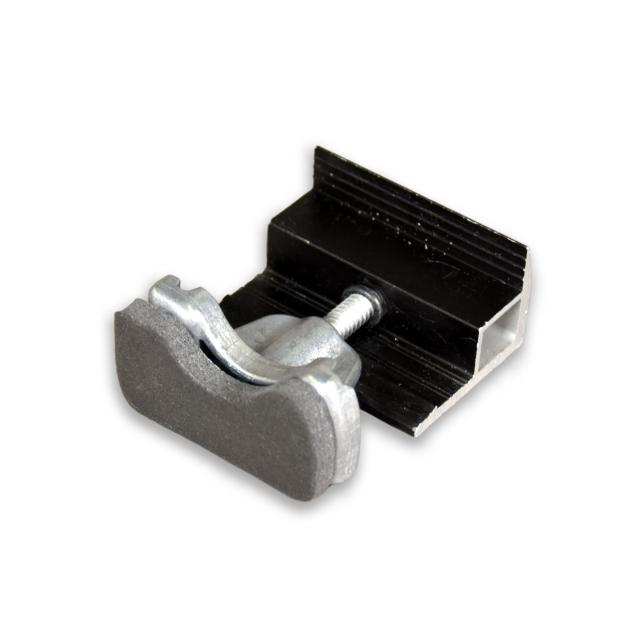 Novotegra - Ändklämma 30-42 mm. Svart. C-skena