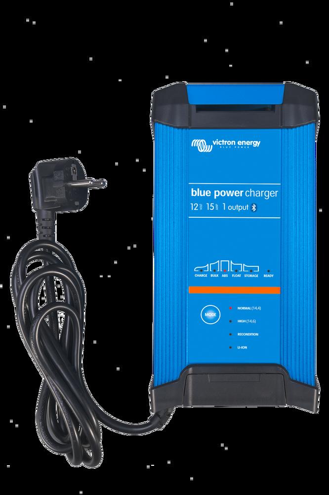 Blue Smart IP22 Charger 12/15(3) 230V CEE 7/7