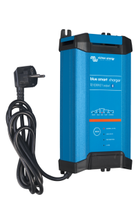 Blue Smart IP22 Charger 12/30(1) 230V CEE 7/7