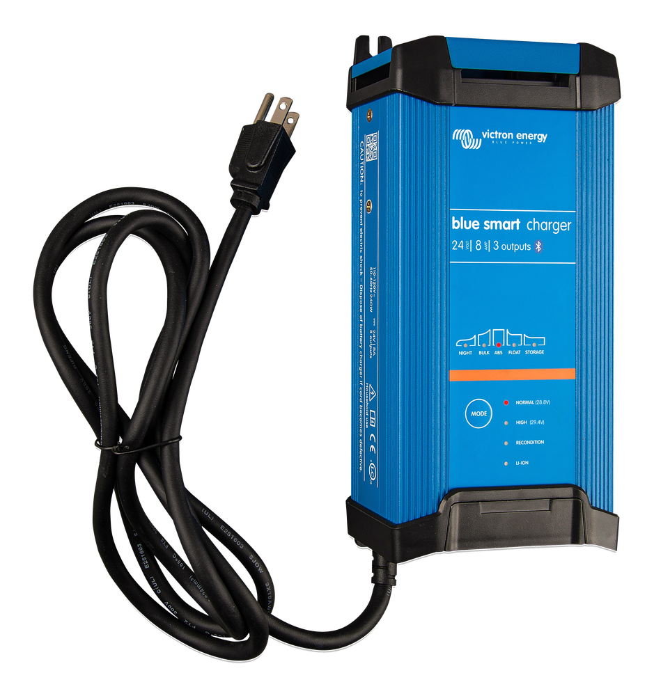 Blue Smart IP22 Charger 24/16(3) 230V CEE 7/7