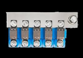 Busbar to connect 5 CIP100200100
