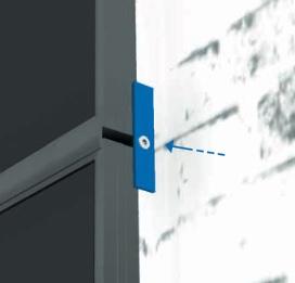 Novotegra - Skruvplatta 96x20x3 mm, för horisontell panelsäkring på fasad. Set med skruv och brickor