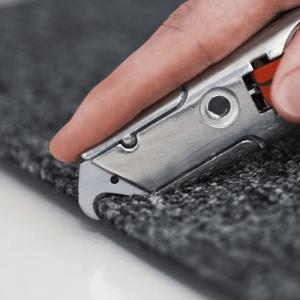 Sollex Krokblad används ofta för att skära textiler, takpapp och golvmateria - Kategori