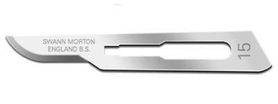 Egg-shaped curve scalpel from Swann-Morton has short and precise cutting