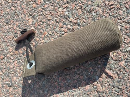 Paw of Sweden Dummy Standard 250g Kaki