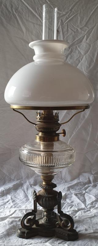 Fotogenlampa, stående