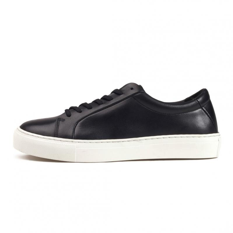 Elpique Base Shoe