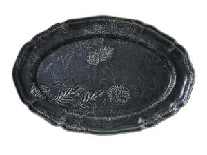 Large oval dish, thunder
