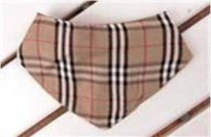 Beige rutig scarf