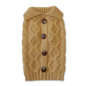Kabelstickad tröja med knappar på ryggen