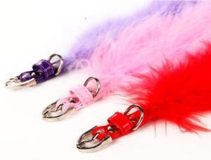 Trendigt rosa fjäder halsband