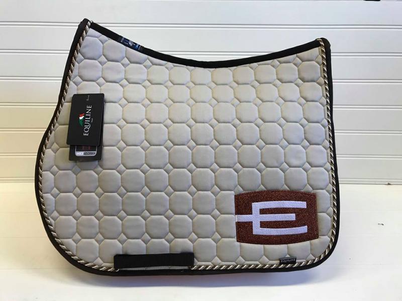 Equiline Octagon hoppschabrak Sand e-logga