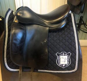 Prestige Top Dressage 17/32