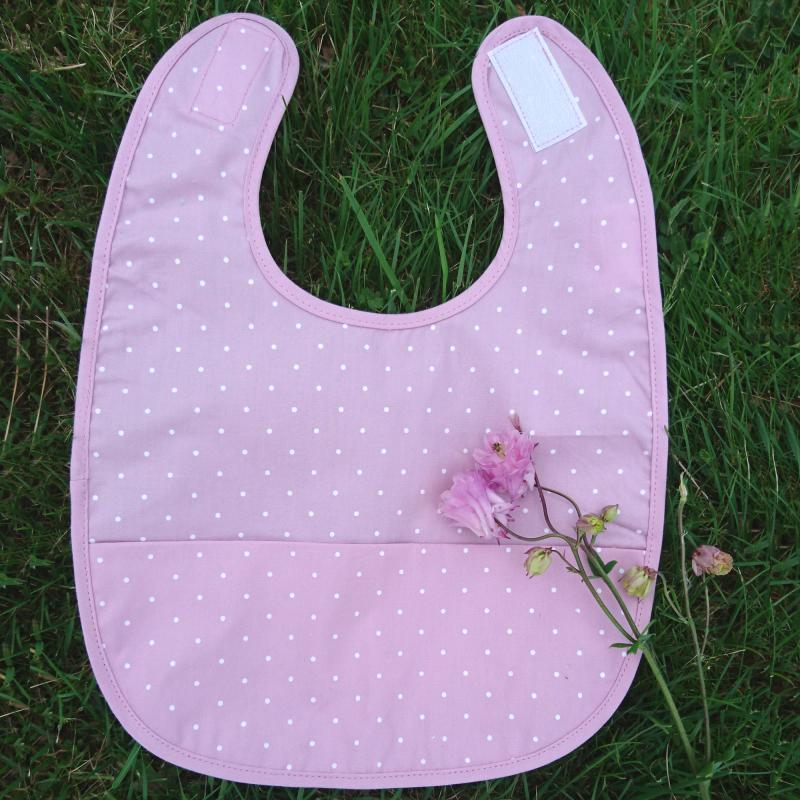 Bib soft pink dotty
