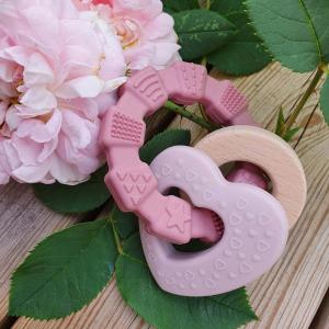Teether toy heart pink