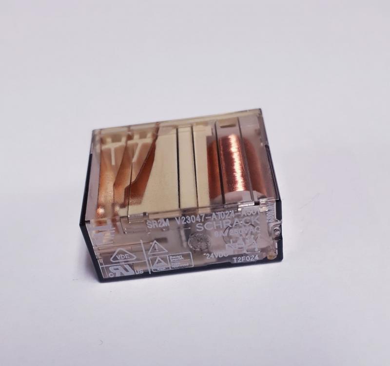 Relä  24V 6A 2 pol PCB växlande , Schrack