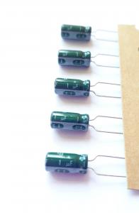 Kondensator, 1uF 63V, Stående  5st