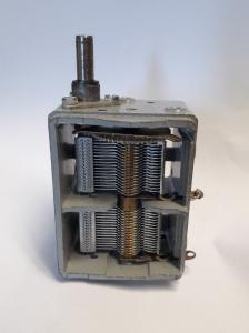 Vridkondensator  PD207Gi3
