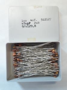 470pF 40V Keramisk kondesator ca 100 st i låda