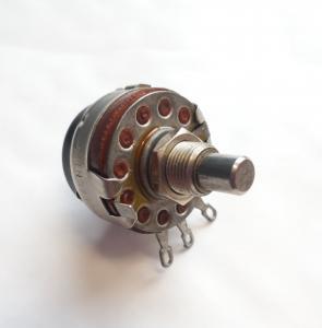 Potentiometer 2A 125V.. 10A.10V Type JS