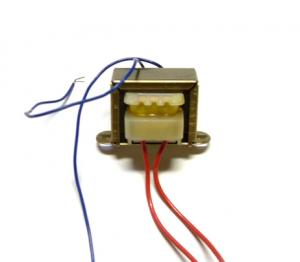 Tranformator 6V, 230V Primär