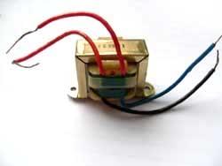 Transformator 8V, 230V Primär