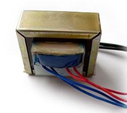 Transformator 19V + 8V, 230V Primär