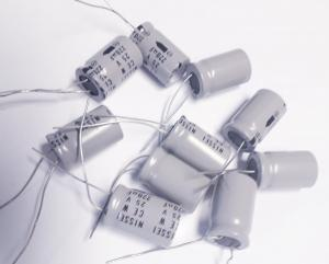 Kondensator 220uF 25V  10st