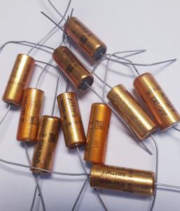 Kondensator 8,2uF 63V , 10st