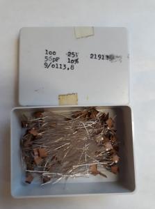56pF 25V Keramisk kondesator  ca 100 st i låda