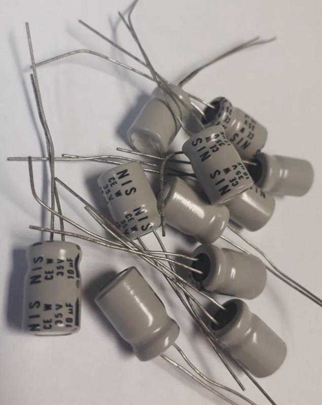 Kondensator 10uF 35V 10st