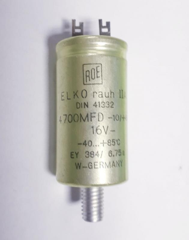 Kondensator  4700MFD 10V