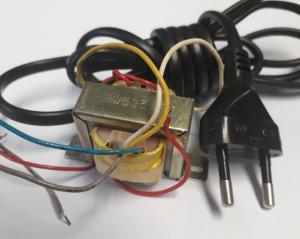 Transformator  230 - 10V 0,1A  - 5V 0,05A - 11V 0,05A