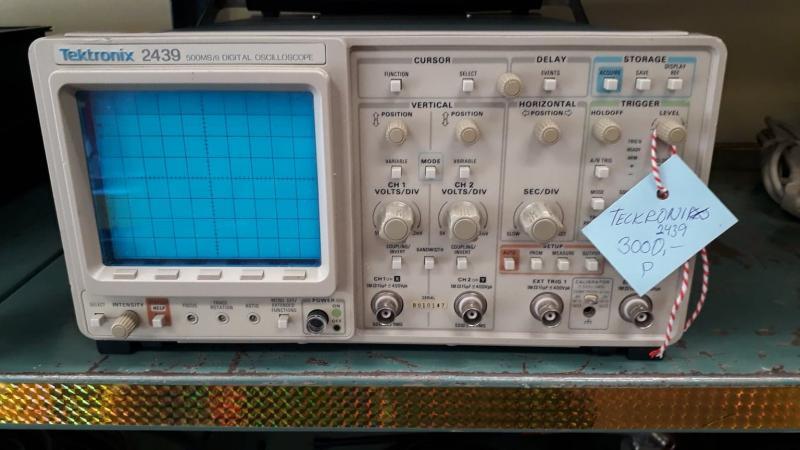 Oscilloskop Tektronix 2439
