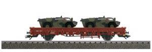 "46953 4MFOR Flakvagn typ Kbs 443 DB AG lastad med 2 German Federal Army ""Fennek"""