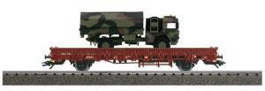 46955 4MFOR Flakvagn typ Kbs 443 DB AG lastad med German Federal Army 5T GL Millitär lastbil