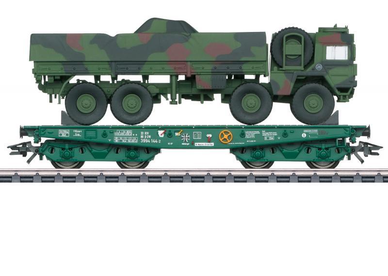 Märklin 48875 German Federal Army type Rlmmps heavy-duty flat car with a Army MAN 10t GL truck Nyhet 2021
