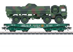 Märklin 48875 German Federal Army type Rlmmps heavy-duty flat car with a Army MAN 10t GL truck Nyhet 2021 Förboka ditt exemplar