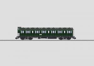 58082 Personvagn typ B4 Pr 04 2a klass typ DRG Boka!