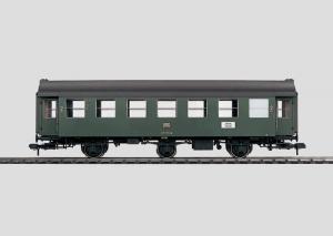 58093 Personvagn 2 klass typ DB