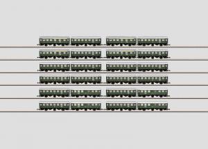 "Märklin 87060 Set with 12 pairs of cars in an ""Umbauwagen"" Display. OBS PRIS PER STYCK"